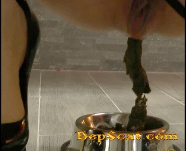 Puppy Feeding Pov Mistress Gaia - Scat Solo [FullHD 1080p/272 MB]