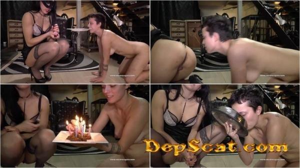 HAPPY BIRTHDAY NIKY Mikaela Wolf - Big Pile, Dirty, Scat [HD 720p/168 MB]