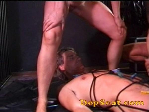 Kaviar Amateur 17 Emma - Scat / Amateur BDSM [DVDRip/700 MB]