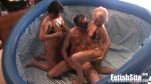 GINA'S PRIVATE GAMES Gina, Nadia,1 Male - Scat, Lesbians, Group [HD 720p/1.45 GB]