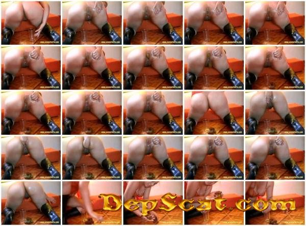 Anal Fisting With Angie Angie - Solo Scat / Netherlands [SD/10.5 MB]