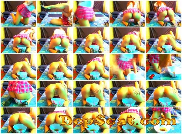 Silvia Berlusconi First Dump Ana Didovic - Solo Scat / Netherlands [SD/33.4 MB]