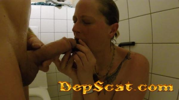 Shit snack on the sauna loo ScatSusan - Amateurs Scat, Domination [FullHD 1080p/108 MB]