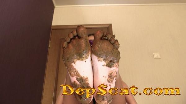Mia Pov Foot smearing Scat with Princess Mia and toilet slave Princess Mia - Feet, Femdom [FullHD 1080p/894 MB]