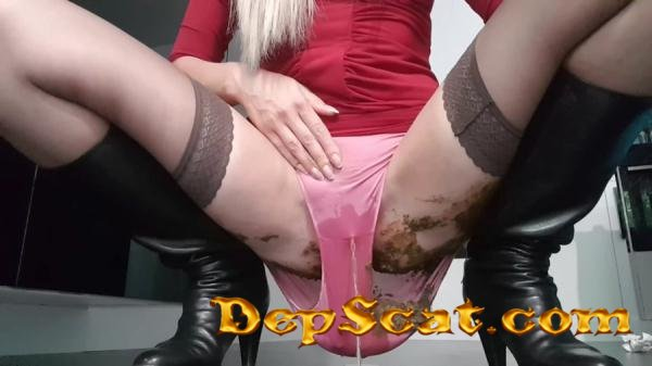Messy Pie In Panties Love to Shit Girls - Shit In Pantyhose [FullHD 1080p/1.30 GB]