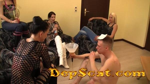 Scatting 357 Leatherdyke - Humiliation, GangBang [HD 720p/937 MB]