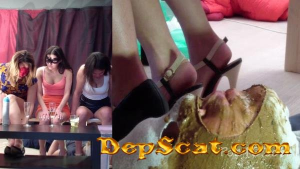 Group use of female toilet slave MilanaSmelly - Humiliation, Face Sitting [HD 720p/1.36 GB]