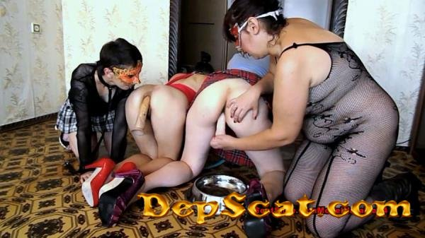 Your beloved dogs ModelNatalya94 - Defecation, Extreme Scat [FullHD 1080p/1.44 GB]