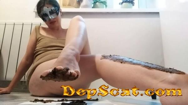 Pooping and smearing poo with foot NastyGirl - New scat, Scatting Girl [FullHD 1080p/1.24 GB]