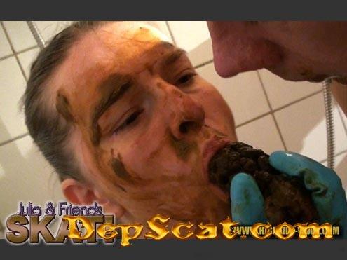 JULIA & FRIENDS - SKAT! Julia, 2 males - Scatology, Sex Scat, Amateur [HD 720p/1.26 GB]