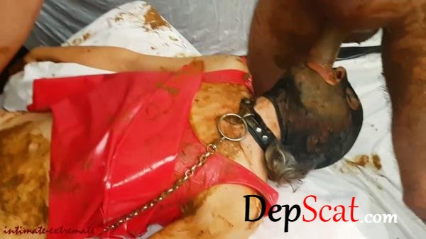 Scat session in red dress Humiliation - Humiliation, Scat Fuck [FullHD 1080p/1.05 GB]
