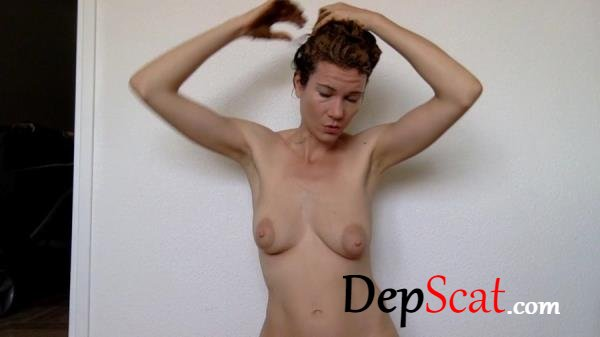 Smearing my hair after my shower nastymarianne - Amateur, Solo [HD 720p/383 MB]