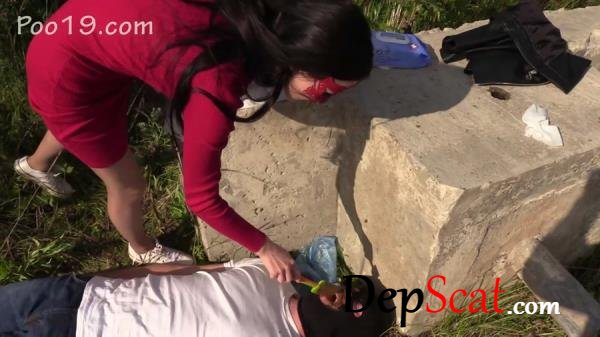 New Toilet Slave Mark Spat On Mistress MilanaSmelly - Humiliation, Scat [FullHD 1080p/572 MB]