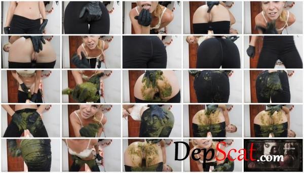 Giant Green Peas Poo In My Black Leggings MissAnja - Solo [FullHD 1080p/1.26 GB]