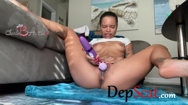 Solo double penetration gone wrong ScatCatCharlieB - Solo, Shit [FullHD 1080p/1.70 GB]