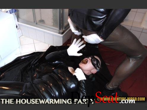 THE HOUSEWARMING PARTY Violet, 1 male - Domination, Latex [HD 720p/594 MB]