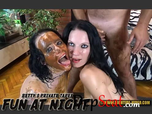 BETTY PRIVATE - FUN AT NIGHT Betty, Eliza, 3 males - Teen, Scat Fuck [HD 720p/1.10 GB]