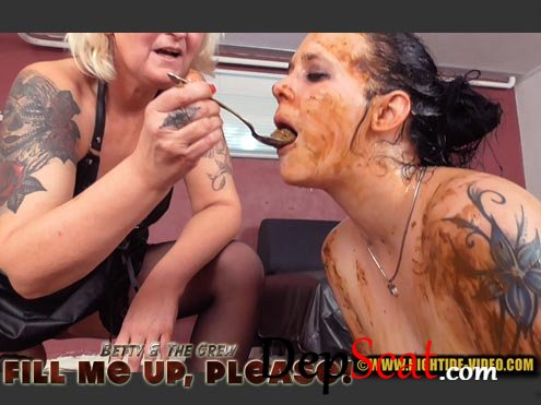 BETTY & THE CREW - FILL ME UP PLEASE Betty, Marlen, 2 males - Blowjob, Eating [HD 720p/711 MB]