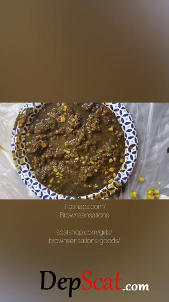 Smearing my dinner Brownsensations - Poop, Defecation [UltraHD 2K/540 MB]