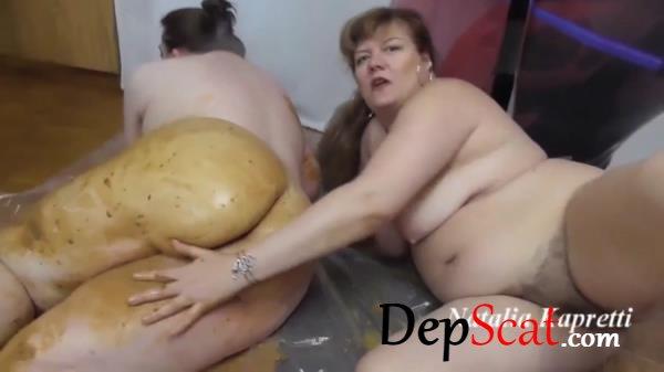 Gorgeous Scat Sex With Girlfriend BBW Natalia Kapretti - Lesbians, BBW [FullHD 1080p/3.38 GB]