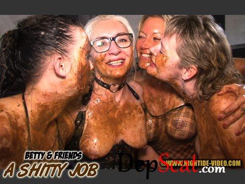 BETTY & FRIENDS - A SHITTY JOB Betty, Molly, Monalisa, Sexy, 2 males - All Sex, Group [HD 720p/581 MB]